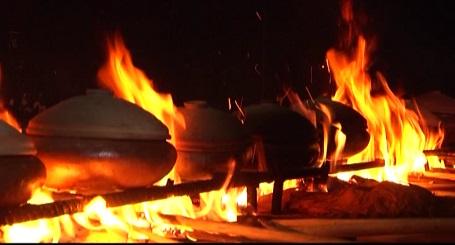 Bếp lửa hồng suốt hơn 10 h khói lửa