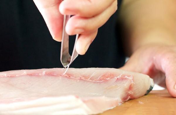 Lọc bỏ xương cá