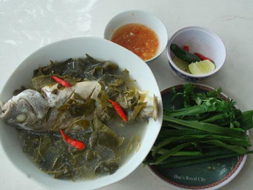 Về với Sa Huỳnh ăn canh cá căn nấu với lá giang cực ngon