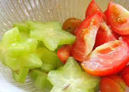 Cà chua và khế cắt khúc